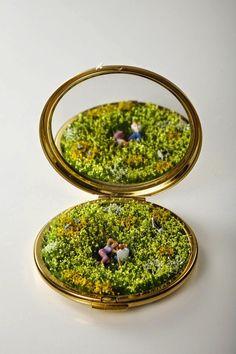 Playful Miniature Sculptures Inspire Imaginative Narratives - My Modern Met