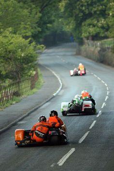 Isle Of Man TT Conker Fields with Richard Mushet Racing Motorcycles, Vintage Motorcycles, Custom Motorcycles, Side Car, Moto Bike, Motorcycle Tips, Dirt Bike Girl, Conkers, Road Racing