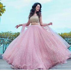 You can be assured to make a great style statement with this pastel pink net lehenga choli.Buy this latest designer lehenga choli online .Paired with matching choli and dupatta. Designer Bridal Lehenga, Lehenga Choli Wedding, Pink Lehenga, Net Lehenga, Party Wear Lehenga, Lehenga Choli Online, Party Wear Dresses, Lehenga Choli Latest, Pink Bridal Lehenga