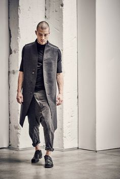 Wool Sarouel Cropped Pants / Drop Crotch Grey Trousers / Harem Pants / Wool Low Crotch Trousers / Extravagant Pants by POWHA Hipster Fashion, Urban Fashion, Mens Fashion, Street Fashion, Grey Trousers, Cropped Pants, Sarouel Pants, Harem Pants, Hipster Stil