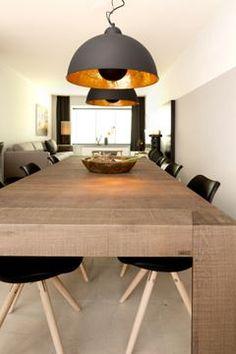 Met de Hanglamp Golden Sun staal zwart/goud (1x60W) (55cm) haal je een prachtige hanglamp in huis, geschikt voor ieder interieur en zeer voordelig!