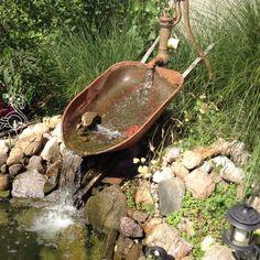 Recycled Wheelbarrel Ideas Examole- Fountain-Waterfall-083114