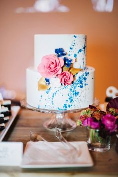Pink and blue wedding cake // See more: http://theeld.com/1xQwCNe