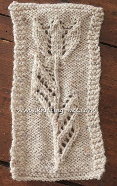 Tulip Motif Knitting from Knitting Bee Lace Knitting Stitches, Lace Knitting Patterns, Christmas Knitting Patterns, Free Knitting, Stitch Patterns, Sweater Patterns, Crochet Leaves, Knitted Flowers, Knit Dishcloth