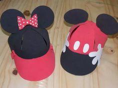 gorras en goma eva de mickey y minnie
