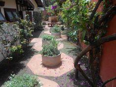 Jardim para usufruir : Jardins modernos por REJANE HEIDEN PAISAGISMO