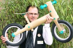 FEATURE: African nations ride trend to bamboo bikes - Taipei Times