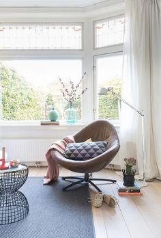Leather armchair | Styling Sabine Burkunk | Photography Hans Mossel | Text Karen Kroonstuiver | vtwonen May 2015