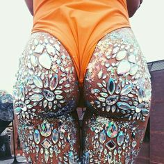 See more ideas about Rave attire, Raver girl and Festival clothing. Coachella Festival, Music Festival Outfits, Rave Festival, Festival Wear, Festival Fashion, Festival Clothing, Music Festivals, Concerts, Music Festival Makeup