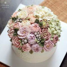 #Buttercream #flowercake #ollicake #olliclass #peony #blossom #hydrangea #violet #버터크림 #플라워케익 #올리케이크 #올리클래스 #올리그램 #동편마을 #꽃스타그램 ollicake@naver.com