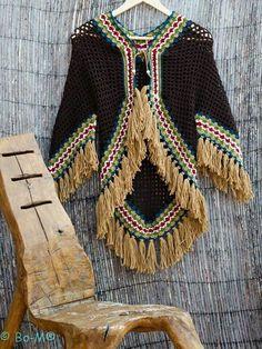 bo-m crochet kimonos Crochet Cardigan, Crochet Shawl, Crochet Stitches, Knit Crochet, Crochet Designs, Crochet Patterns, Crochet Humor, Crochet Clothes, Diy Fashion