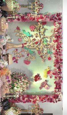 Desi Wedding Decor, Wedding Mandap, Wedding Stage Decorations, Backdrop Decorations, Flower Decorations, Backdrops, Garland Wedding, Polo Lacoste, Housewarming Decorations