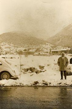 Eine super schöne Aufnahme. Mit dem Käfer in den winterlichen Alpen.  Flohmarktfund