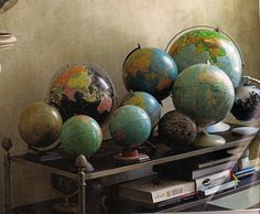 Globe collection- Jesus for the world Vintage Globe, Vintage Maps, Old Globe, Globe Decor, We Are The World, Office Art, French Country Decorating, Antique Photos, Display Case