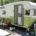 Ideas Repair Small Campers Classic Travel Trailer, If you're going to be residing in your camper fulltime, then you want to be certain that you track down an RV that's right for your lifestyle and your..., #campers #classic #ideas #repair #small #trailer #travel Vintage Campers Trailers, Retro Campers, Vintage Caravans, Camper Trailers, Happy Campers, Vintage Motorhome, Classic Trailers, Rv Campers, Chuck Box