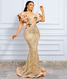 African Party Dresses, Latest African Fashion Dresses, African Print Dresses, African Dress, Lace Dress Styles, Nice Dresses, Beautiful Gown Designs, Dinner Gowns, Cheap Evening Dresses
