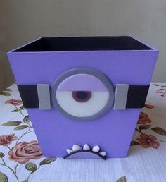 Cachepô mdf minion roxo R$ 14,00 Minion Birthday, Minion Party, Candy Bar Minions, 3 Minions, Box Patterns, Ideas Para Fiestas, Favors, Halloween, Kids