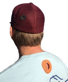 This Golden edition Jibe Hole caps makes you shine all day long. This Elastic Flexfit Mesh cap has 2 sizes. S/M and L/XL - 7 Of course with the signature of Hole, so you can show the world who you really are. Cap made of: Polyester / Cotton / Spandex Mesh Cap, Sunny Beach, Fashion Brand, Spandex, Cotton, Life, Fashion Branding