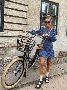Big Dresses, Fall Dresses, Athleisure, Doble Denim, Danish Style, Check Dress, Blue Gingham, Dress With Sneakers, Mesh Dress