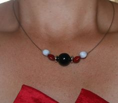 bijoux fait avec des graines cueillies en Guadeloupe : Collier par dcrea