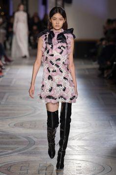 Giambattista Valli Spring 2018 Couture Fashion Show Collection