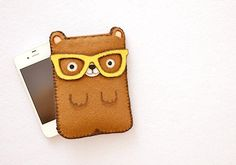 Nerd bear  Smartphone iPhone Samsung HTC Sony case by Canufactum, €19.90