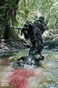 Escape and Evade   Military Disaster Survival Skills   Survival Life
