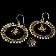 Brass Earrings - Gypsy Earrings - Ethnic Earrings - Brass Jewelry - Ethnic Jewelry - Gypsy Jewelry - Statement Jewelry  Beautiful hand made brass earrings.  Suitable for normal ear piercing.  Length: 63 mm Width: 40 mm Bar size: 0.9mm Nickel free!  sold as pair only!  $21.5