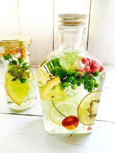 Botanical Interior, Coffee Soap, Light Crafts, Fruit Drinks, Create And Craft, Diy Art, Diy Birthday, Bath Salts, Cute Food
