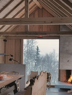 A modern chalet in Norway. Winter Cabin, Cozy Cabin, Cozy Winter, Winter Holiday, Winter Snow, Cabin Interiors, Cabins In The Woods, Interior Exterior, Interior Ideas