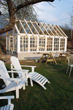 Fun She Shed Conversion Ideas – Garden Projects Backyard Greenhouse, Greenhouse Plans, Window Greenhouse, Homemade Greenhouse, Backyard Storage, Greenhouse Growing, Shed Design, Garden Design, Painted Garden Sheds
