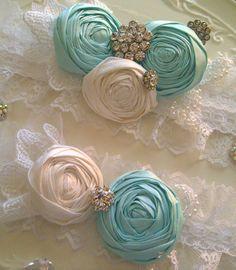 Lace Garter Wedding Garter Set FREE US SHIPPING by DeesByDesign