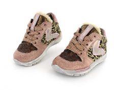 Shoesme RunFlex sneakers - Lichtgewicht sneakers, volledig van leer en met flexibele zolen voor een goede afwikkeling van de voeten - maat 19 t/m 30.