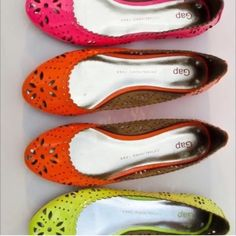 NEON bright orange BALLET flats SZ 9 BOLD cut out Sold out really bright neon orange soft PATENT LEATHER ballet flats by GAP. Sz 9. Fabulous! Eye-catching perforated pattern, with a **padded insole** Very comfortable! Camera doesn't capture how bold and beautiful these are..! GAP Shoes Flats & Loafers