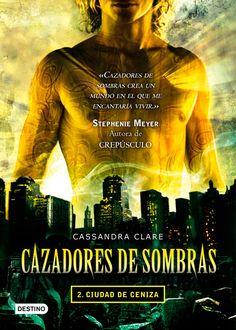 Reseña Literaria || Cazadores de sombras: Ciudad de ceniza.  - See more at: http://preciados-momentos.blogspot.com/#sthash.TD2I2nMe.dpuf
