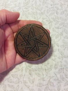 7 Point Elven Star Septagram Disk Pentacle Small Birch Woodburned Travel Size, Wicca Pagan Magick Ritual Tool by ArtistTreeCurios Wicca, Magick, Witchcraft, Pagan, Home Altar, Pentacle, New Things To Learn, Dark Art, Travel Size Products