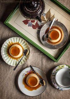 Receta tradicional de flan de huevo casero, como lo hacía tu abuela, al baño maría. Elaboración con fotos paso a paso y consejos