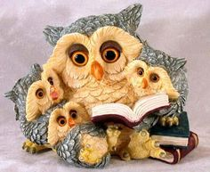 My two favourite things. Owl Who, Owl Graphic, Owl Artwork, Owl Illustration, Barred Owl, Owl Family, Owl Pictures, Beautiful Owl, Owl Crafts
