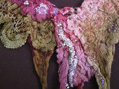 Fiber art necklasse felted necklase textile jewelery  door kuschis, $35.00