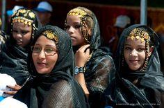 COSTUME PLANET: Melhfa : Sahrawi Traditional Clothing