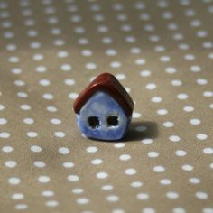 Blue Country Cottage Bead £3.00