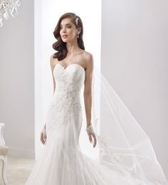 wedding dresses by jolie