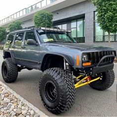 Save by Hermie Jeep Zj, Jeep Xj Mods, Jeep Wrangler Yj, Jeep Cars, Jeep Truck, Lifted Jeep Cherokee, Jeep Grand Cherokee, Lifted Jeeps, Offroad
