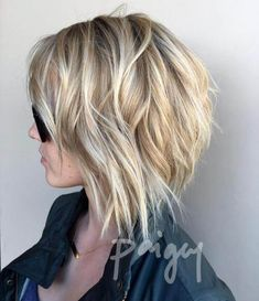 Prom Hairstyles Tousled Bob With Honey Blonde Balayage.Prom Hairstyles Tousled Bob With Honey Blonde Balayage Bob Haircuts For Women, Short Bob Haircuts, Hairstyles Haircuts, Haircut Short, Trending Hairstyles, Middle Hairstyles, Braided Hairstyles, Medium Shag Haircuts, Haircut Bob