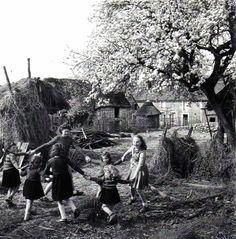 Robert Doisneau 1950 La Ronde