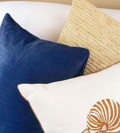 House Tours: Decorating With A Nautical Theme