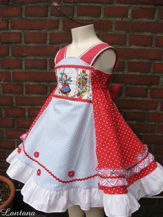 """Sommerkleid /Party-Kleid """"Rotkäppchen""""    genäht nach Farbenmix Schnittmuster Feliz (einlagig)    Gr. 98/104  andere Größe auf Anfrage)    Mit zahlrei"""