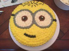 Minion Cake Torta Minion, Minion Cupcakes, Cake Minion, Lego Cake, Soccer Birthday Cakes, Cupcake Birthday Cake, Cupcake Cakes, Minion Birthday, Minion Cake Design