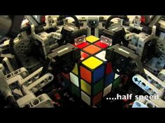 "CubeStormer II ""The Ultimate Cube Solver"" - Lego robot that solves Rubix cube in 5 seconds."
