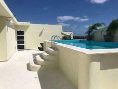 Swimming Pool Designs, Swimming Pools, Piscina Interior, Driveway Design, Cute Room Decor, Small Pools, Dream Pools, Spanish House, Garden Pool